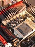 ASUS Maximus V Extreme - An ROG Mobo with 5 PEG Slots and Thunderbolt Support