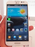 Hands-on with LG Optimus G Pro