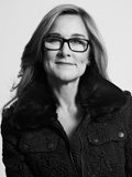 Apple Hires Burberry CEO Angela Ahrendts as SVP of Retail and Online Stores