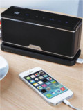 LUXA2 GroovyW Bluetooth Speaker with Wireless Charging Station Announced