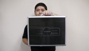 Unboxing the AMD Radeon R9 295X2
