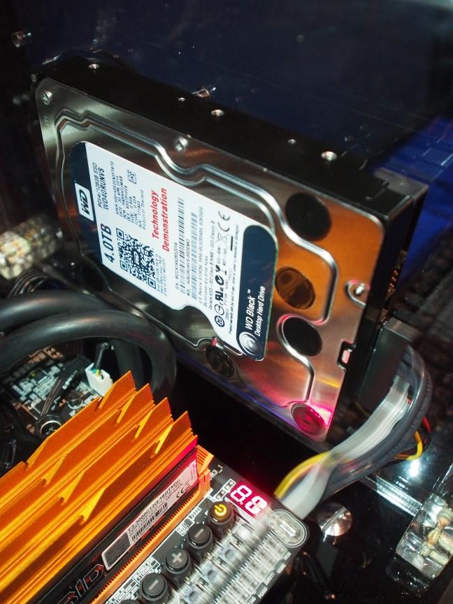 WD Prototye SATA Express Drive Benchmarked