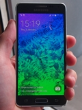 A close look at the Samsung Galaxy Alpha and its new metallic frame