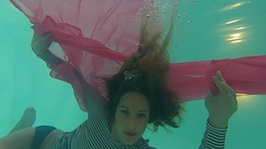 HTC RE: A new way to shoot video underwater