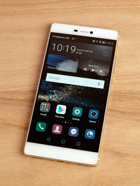 Huawei P8 smartphone: A thin and light flagship with novel features