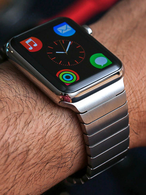 Watch the Apple Watch's new S1 chip get taken apart