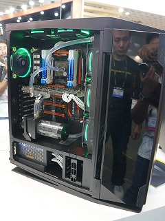 COMPUTEX 2015: A close look at Antec's stunning S10 Signature case
