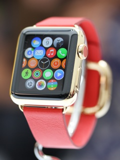 Apple to introduce more affordable gold Apple Watch and new iPad keyboard on 9 Sep?