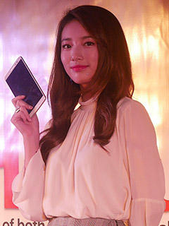 Lenovo PH unveils 6.8-inch Phab Plus, along with K-pop star Suzy as its ambassador
