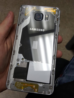 Samsung Galaxy Note 5 user modifies his smartphone for a see-through casing