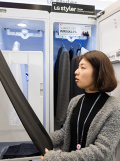 LG's Styler is a futuristic closet that actually cleans your clothes