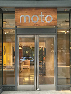 This Motorola store is everything Apple's flagship store isn't