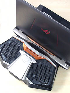 Preview: ASUS' hardcore ROG GX700 liquid-cooled gaming notebook