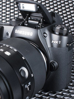 Rumor: Is Nikon buying over Samsung's camera division?