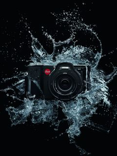 Leica launches the X-U at the Essence of The Himalayas solo exhibition