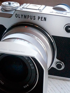 Hands-on: The Olympus Pen-F is a new vintage beauty that feels great in the hands
