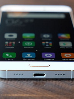 MWC 2016: Here's a closer look at the Xiaomi Mi 5
