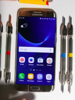 These torture tests prove that the Samsung Galaxy S7 edge is a rugged phone