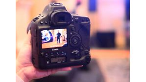 First looks: Canon EOS-1D X Mark II