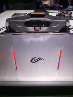 COMPUTEX 2016: ASUS ROG unleashes its GX800 liquid-cooled gaming notebook