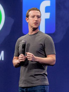 Users of Facebook's mobile web version will soon have to use Messenger for chatting