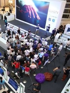 Samsung sold 200 UHD TVs in minutes at KLCC Concourse