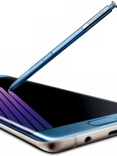 The blue coral Galaxy Note 7 looks so good that we want to buy one now