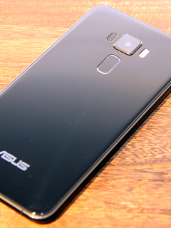 Photos: A closer look at the ASUS ZenFone 3