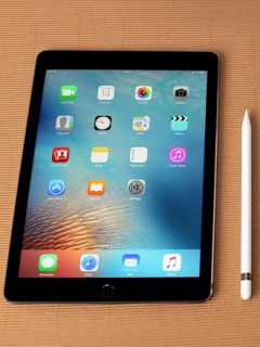 New iPads rumored to be bezel-less and have no physical home button