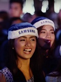 Samsung flash mob brings Jose Mari Chan to Festival of Lights in Makati City
