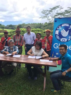 Globe Telecom, iPhone 7 buyers join Rainforestation Program in Mindanao