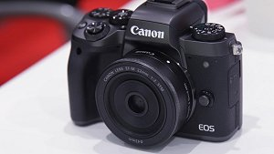 Canon EOS M5 mirrorless camera sneak peek and workshop for HWZ members