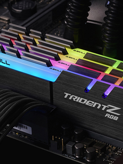 Your PC will shine up just like a Christmas tree with the G.Skill Trident Z DDR4 RAM