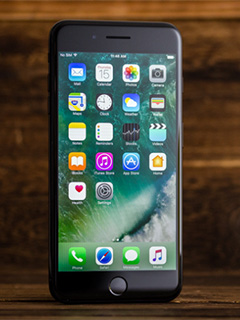 iPhone 8 to come with a plastic, curved OLED display?