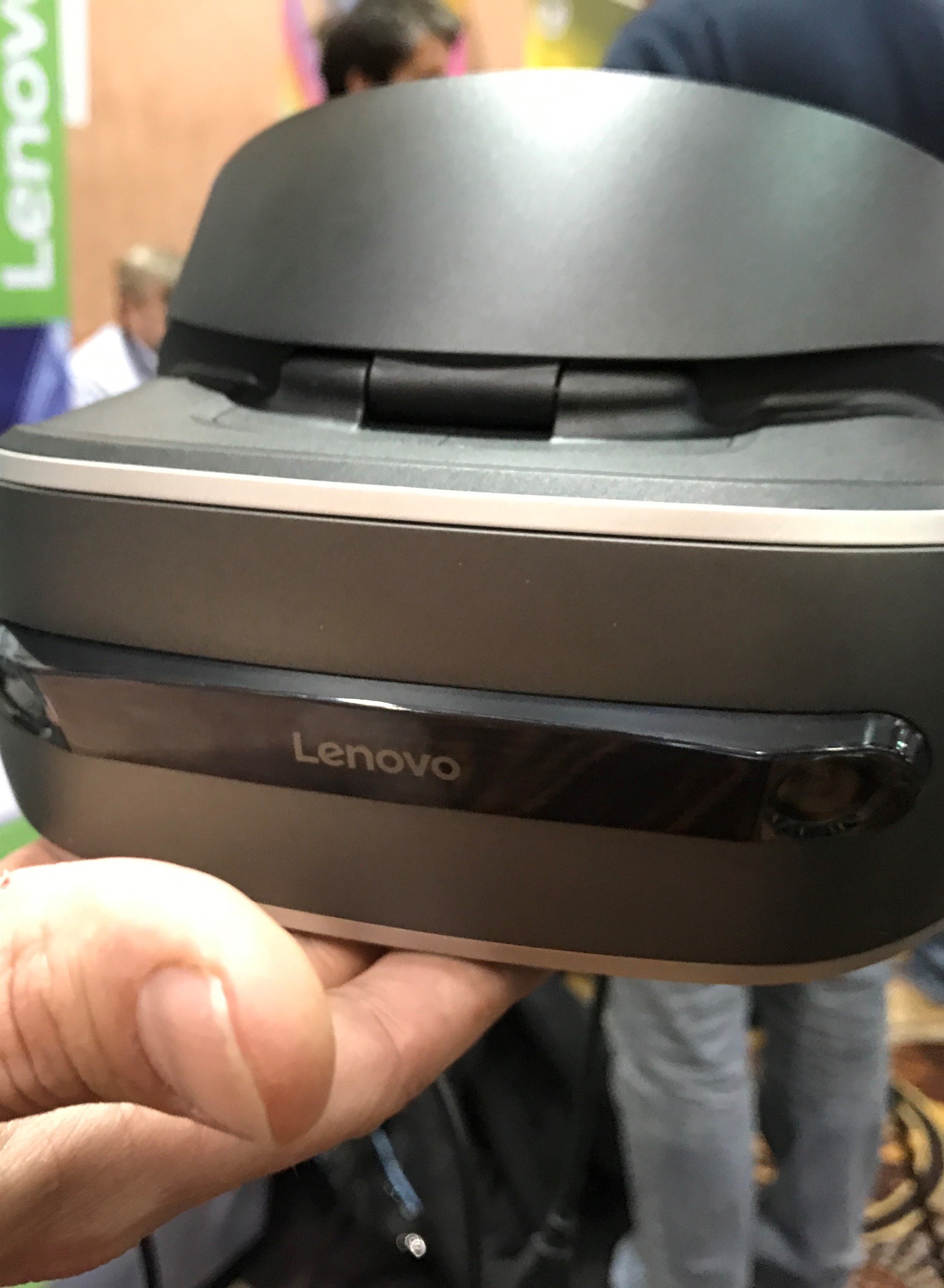 Lenovo's new Windows Holographic VR Headset will cost less than US$400