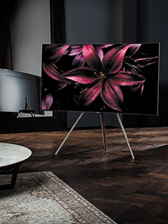 Samsung takes the fight to LG's OLED TVs with its new QLED TVs (Updated)