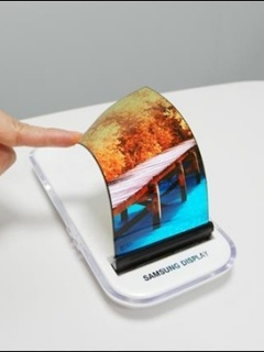 Samsung to launch Galaxy X foldable smartphone in the first half of 2018?