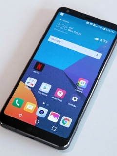 MWC 2017: The LG G6 has a big screen and tiny bezels