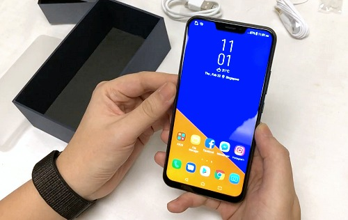 ASUS ZenFone 5 unboxing and first looks