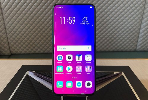 Watch: How fast is Oppo's Find X face unlock with its pop up camera?