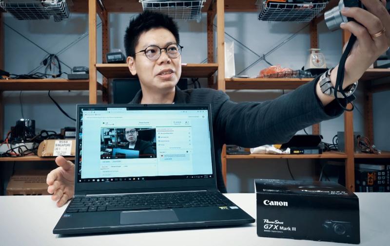 Unboxing the Canon PowerShot G7X Mark III