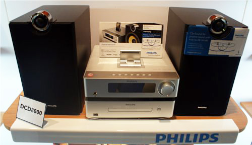 Pristine sound quality is the focus of the DCD8000 which it delivers with the help of Philips' ClariSound technology.