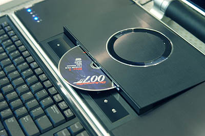 The XPS M2010 offers a cool slot-in DVD-ROM.