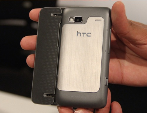 Generous amounts of metal at the rear end of the HTC Desire Z, as well as a 5-megapixel camera with automatic flash and high-definition 720p video recording.