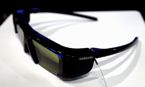 You'll need a pair of active shutter glasses to complete that stereoscopic experience. Samsung is also banking on its 200Hz panel to reduce the amount flicker normally associated with 3D displays.