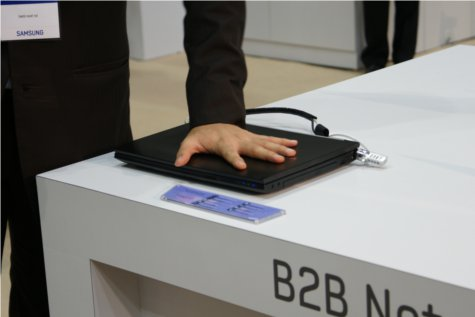 Lean on me! Samsung claims the B2B Netbooks can withstand weights up to 500 kg.