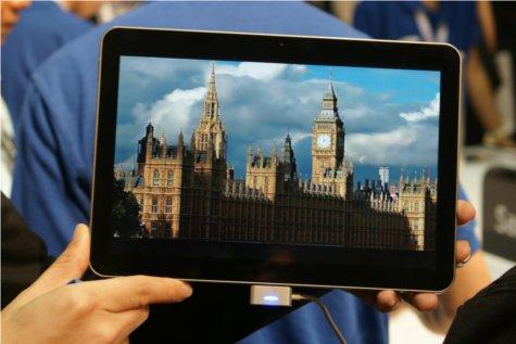 The Galaxy Tab 10.1's WXGA Display at work.