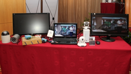 At the live demonstration area, the attendees were able to witness the smoothness and high-quality images produced from Edimax's range of IP surveillance cameras