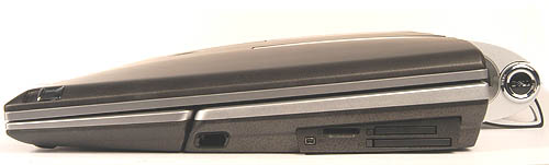 Right flank:- Here we have a FireWire port, the two multi-card readers and an ExpressCard slot.