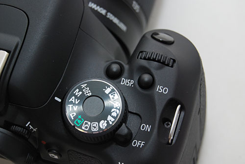 The 600D gains a new DISP. button beside the ISO button. It helps - or not - when using the new Advanced Movie Crop, which we'll go into later.